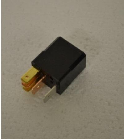 FM-70 relais 12 volt 1